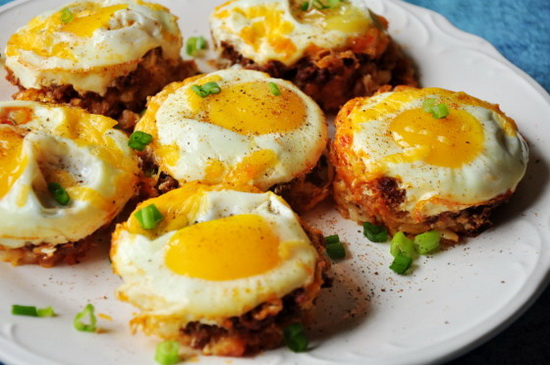 Tater Tot Cups With Cheese and