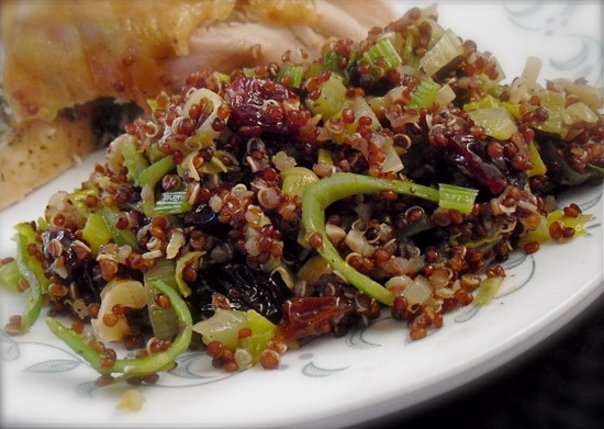 Quinoa Stuffing With Leeks, Wa