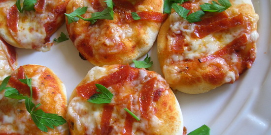 Easy Grands Cheese Pizzas