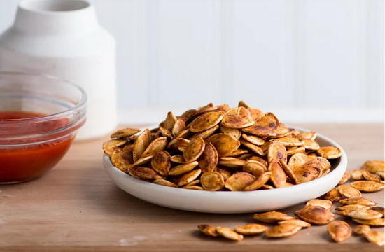 Sriracha Roasted Pumpkin Seeds