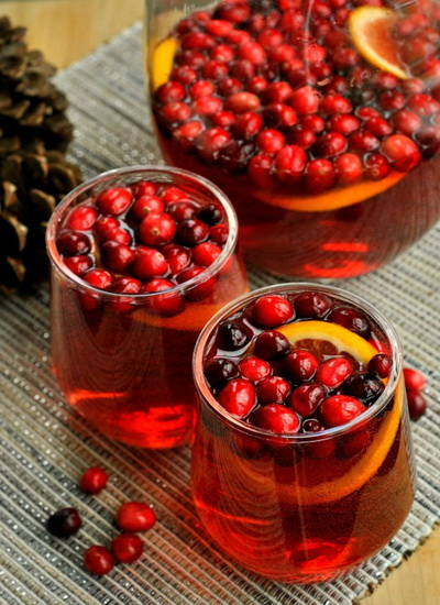 Holiday Cranberry Wine