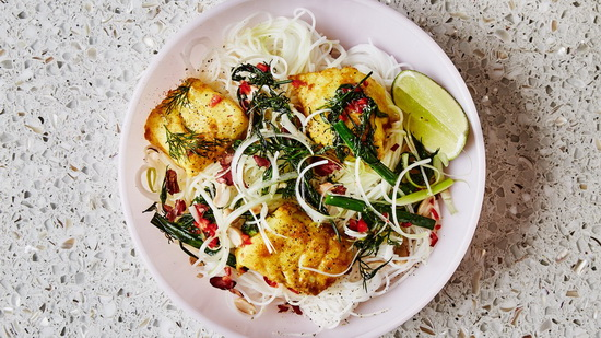 Turmeric Fish with Rice Noodle