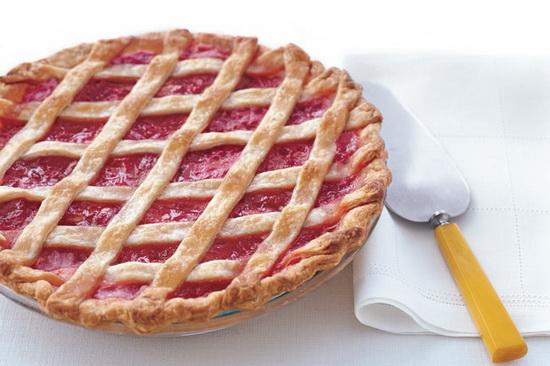 Lattice-Topped Strawberry-Rhub