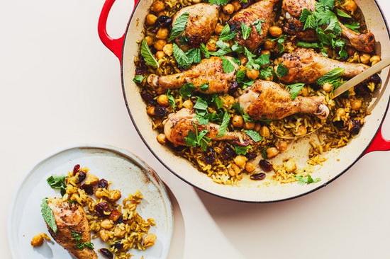 One-Pan Chicken Drumsticks wit