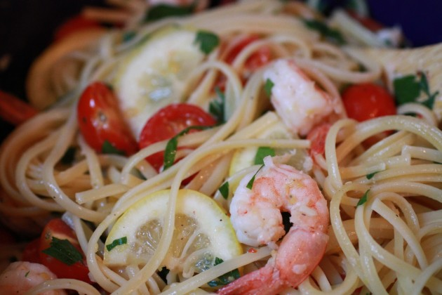 Linguine with Shrimp and Cherr